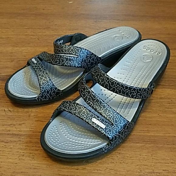 ca78ee6e7f6e CROCS Shoes - Mickey Mouse Disney Crocs size 10 brand new